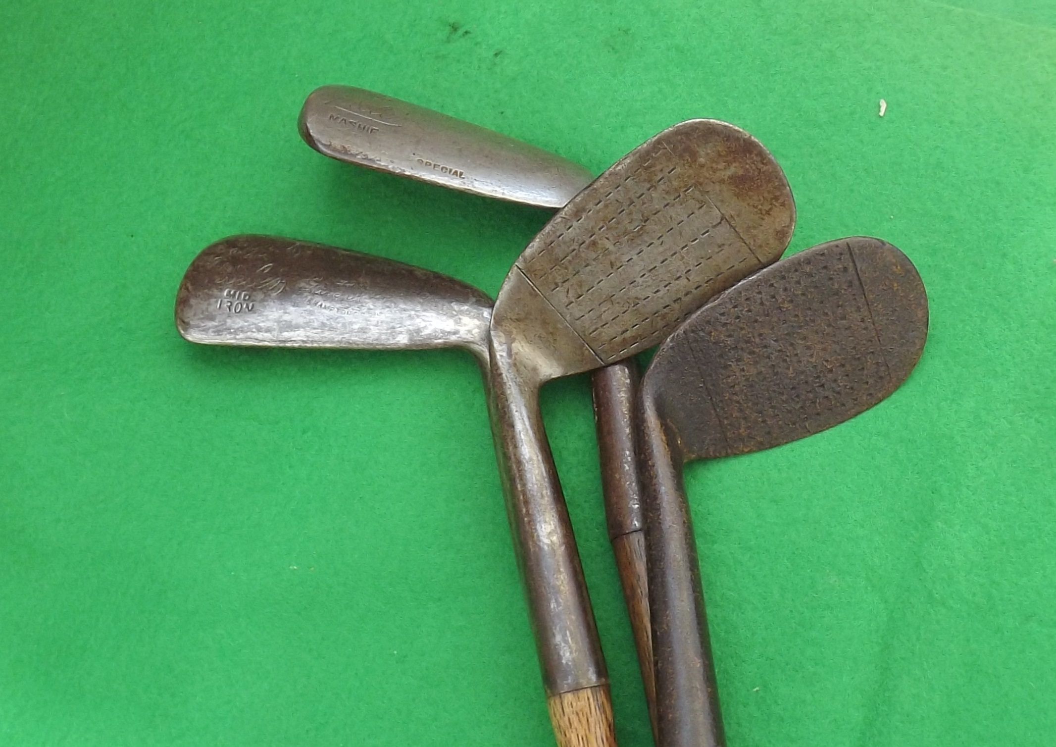 Antique Golf Clubs Matched Short Set 4 x THE SPIELER Model Winton & Co Montrose